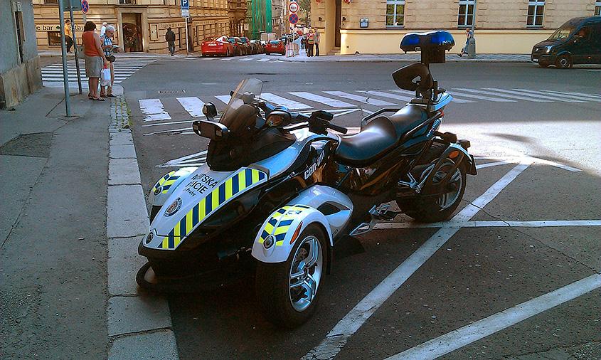 Трицикл пражской полиции